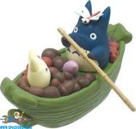 Totoro Studio Ghibli pullback collection Totoro's harvest bamboo-leaf boat