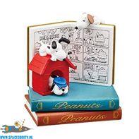 Snoopy Re-Ment Nano Bookworld nummer 3