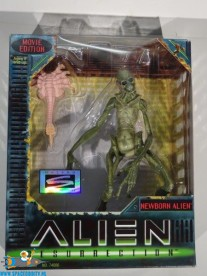 Alien Ressurection actiefiguur Newborn Alien 17 cm