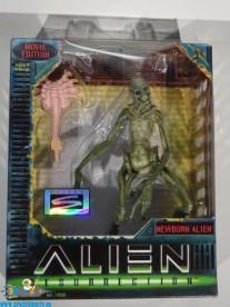 Alien Ressurection actiefiguur Newborn Alien 17 cm
