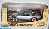 Back to the Future 3 Delorean Time Machine 1/24 scale