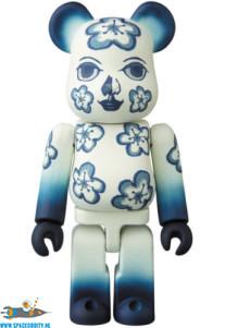 Bearbrick series 36 artist The Flower Fleur figuur