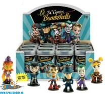 DC Comics Lil Bombshells series 3 mini blind box vinyl figuur