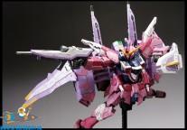 Gundam Real Grade 09 Justice Gundam ( doos heeft beschadiging )