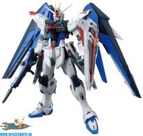 Gundam Seed Freedom Gundam ver. 2.0  1/100 MG