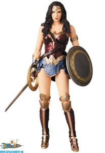 Justice League Mafex​ 060 Wonder Woman actiefiguur