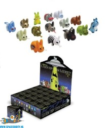 Kozik X Kidrobot Lore of the Labbit blind box vinyl figuur