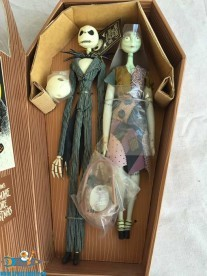 Nightmare Before Christmas Coffin doll set Jack & Sally