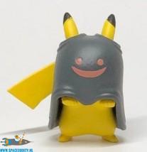 Pokemon Happy Halloween mascot serie Pikachu met zwarte cape