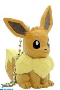 Pokemon wood sculpture sleutelhanger Eevee