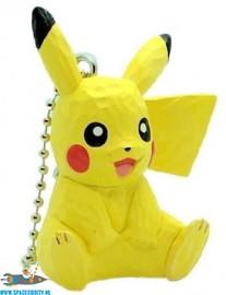 Pokemon wood sculpture sleutelhanger Pikachu