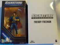 Shazam DC Universe Signature Collection actiefiguur Freddy Freeman