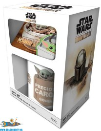 Star Wars The Mandalorian gift box The Child
