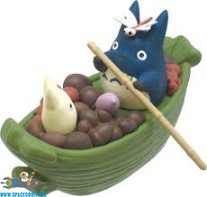 Totoro Studio Ghibli pullback collection Totoro's harvest bamboo-leaf boat