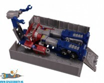 ​Transformers Earthrise WFC ER-02 Optimus Prime
