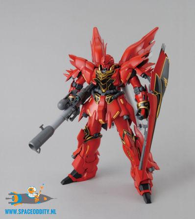 Gundam MSN-06S Sinanju 1/100 MG
